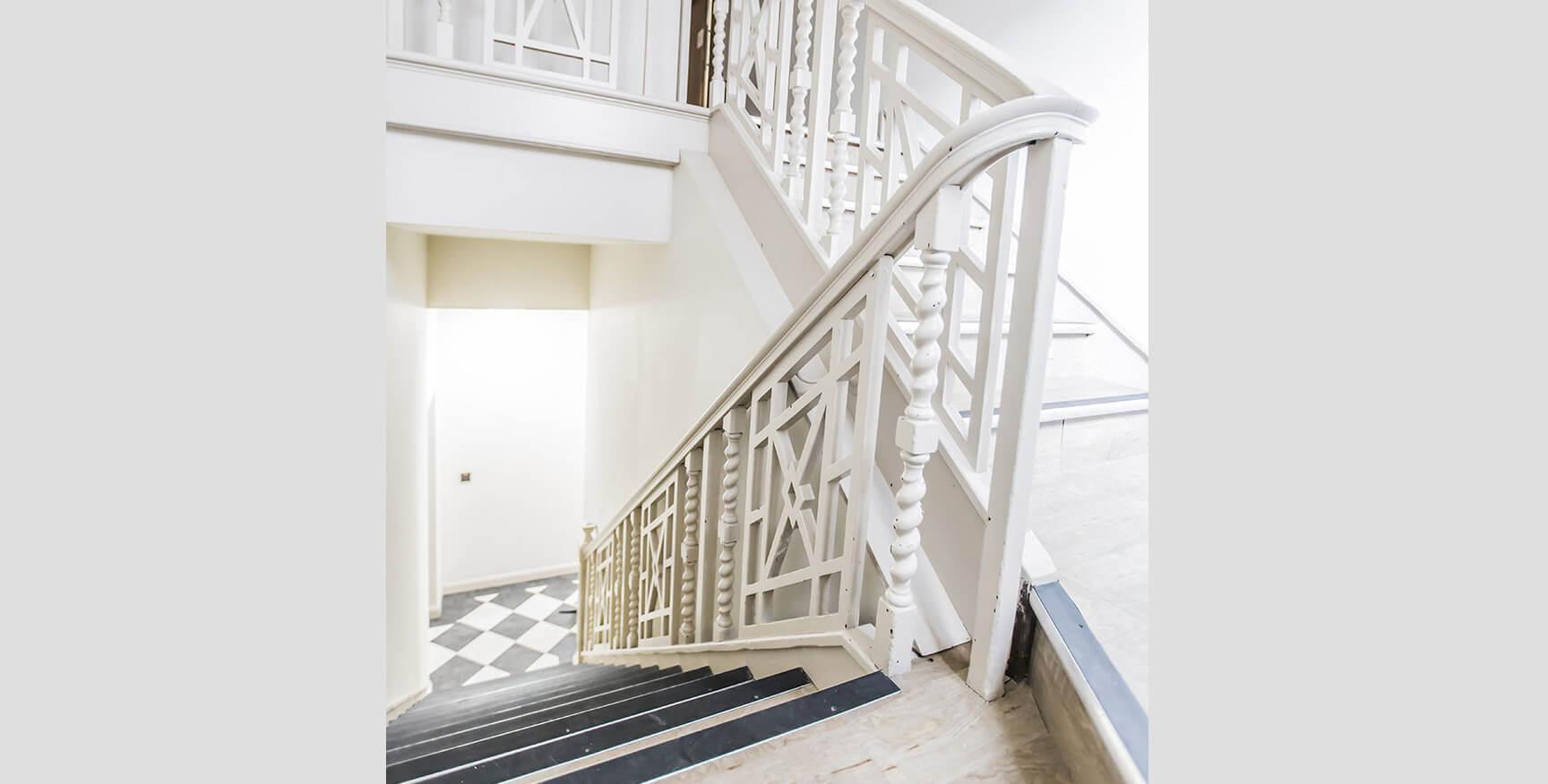 Alexandra House - Luxury Student Accommodation Sheffield (internal view of staircase)
